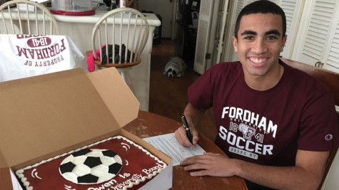 Senior Scores Soccer Scholarship