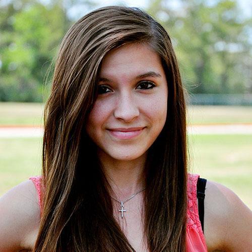 Photo of Lauren Hernandez