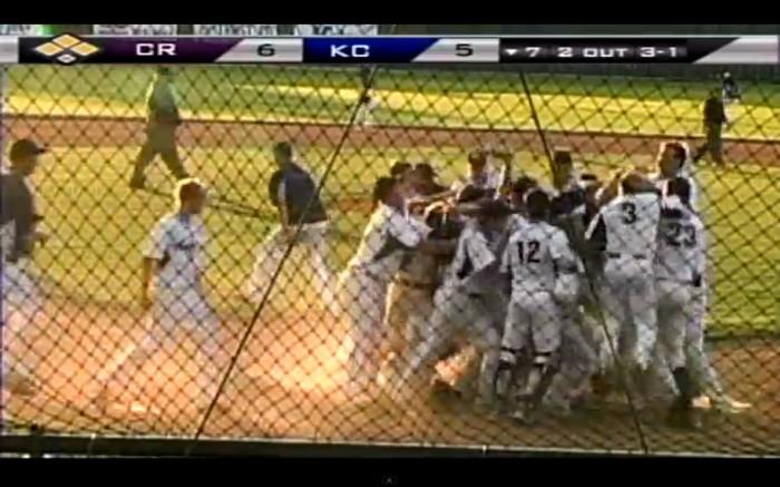 Varsity baseball beats Cedar Ridge 9-6, wins area title