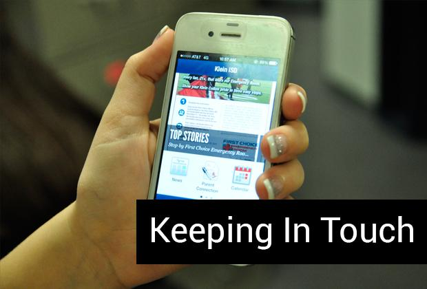 Student uses new Klein ISD app to keep up with news.