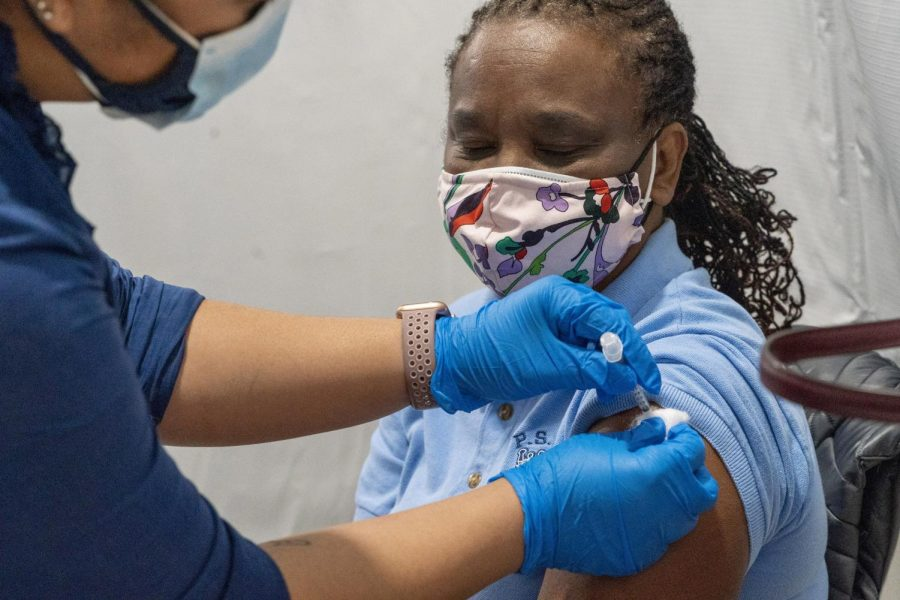 Dorrit+Crawford+receives+her+first+dose+of+the+Covid-19+vaccine+at+a+pop-up+vaccination+site.